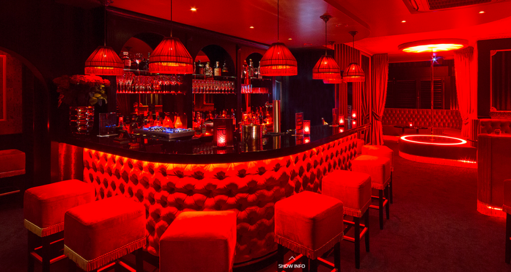 scarlet club diest bar